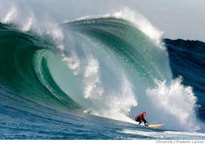 400_frederic_larson_mavericks_surf_contest