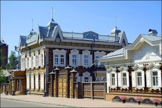 irkutsk-city-wooden-houses